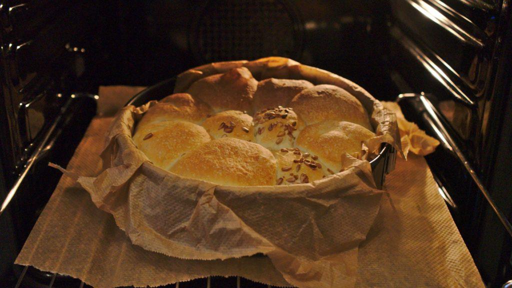 Rezeptbild Brötchen im Ofen
